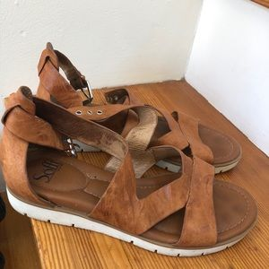 Brown soft leather sandals